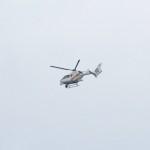 ヘリコプターも飛んでいます